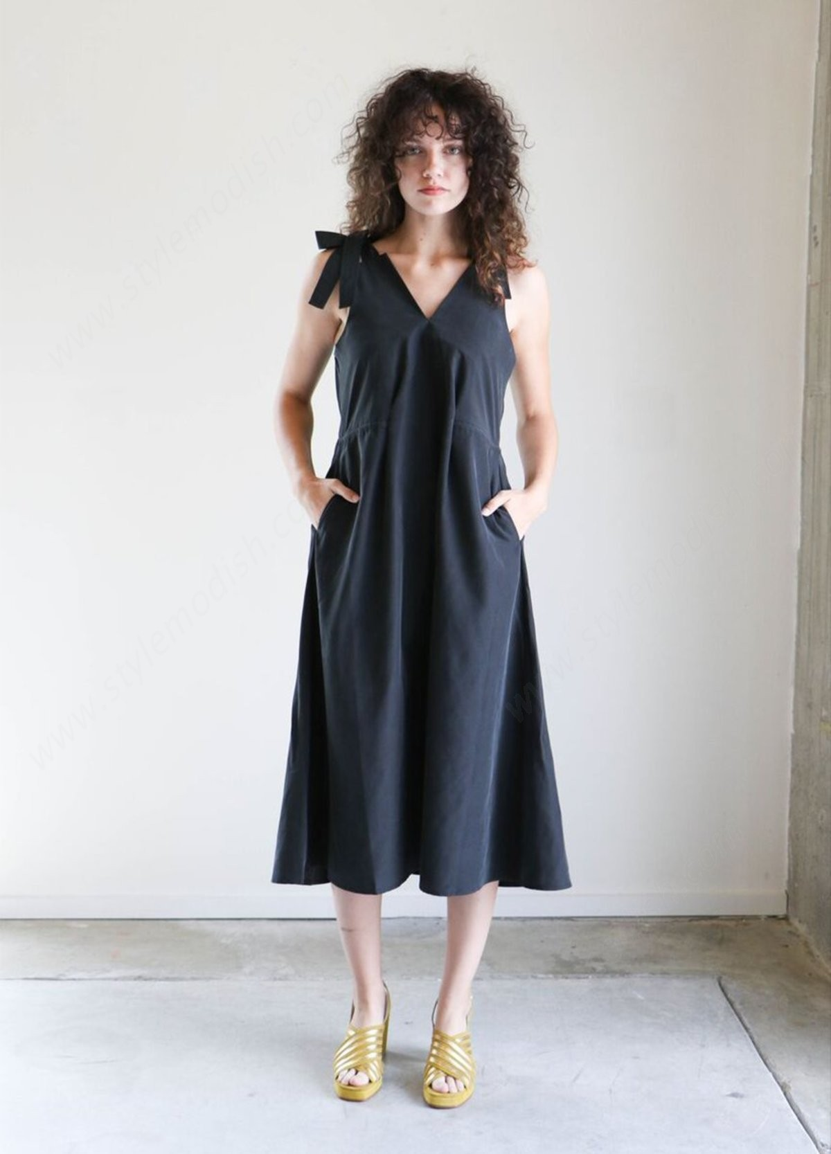Woman's Shaina Mote Palo Dress In Onyx - Woman's Shaina Mote Palo Dress In Onyx