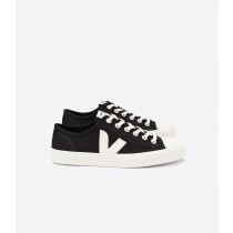 Man's Unisex Veja Wata Shoes - Black Pierre